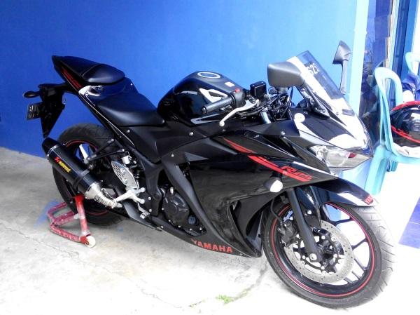 my black R25 1