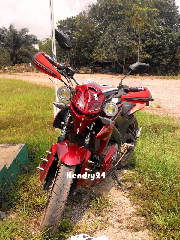 Modif New Vixion Streetfighter front