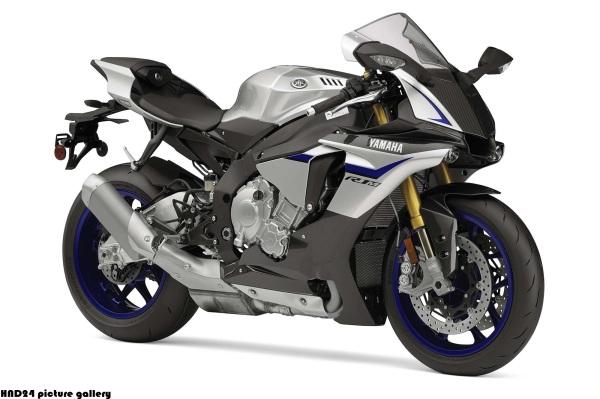 2015-Yamaha-YZF-R1M-02