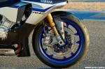 2015-Yamaha-YZF-R1M-24