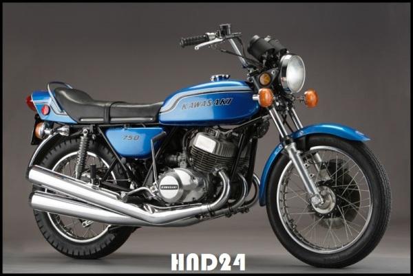 Kawasaki H2 Mach IV (2)