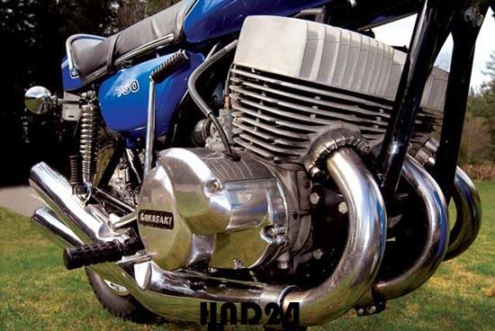 Kawasaki H2 Mach IV 1972 (1)