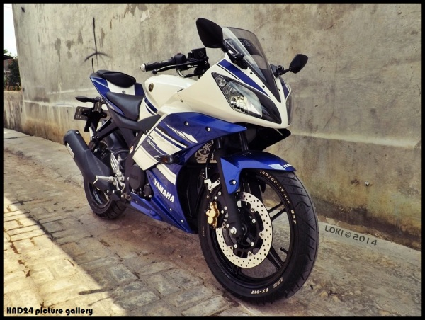 YZF-R15 with R25 disc brake (1)