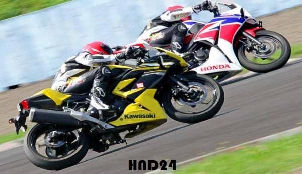 RR Mono vs CBR250R