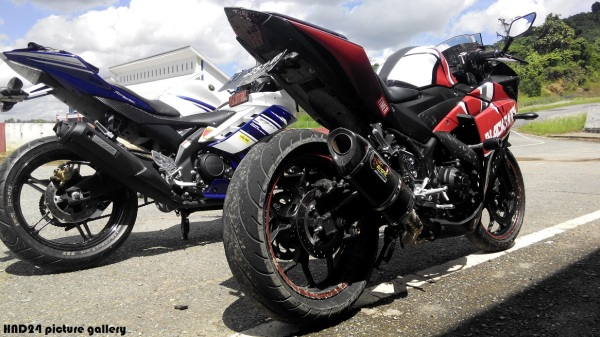 R series trackday (4)