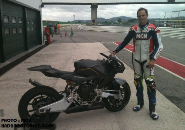 Vyrus Moto2 bike (3)