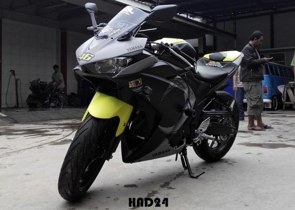 Yamaha R25 winter test (3)