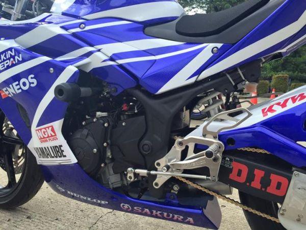 R25 race bike (3)