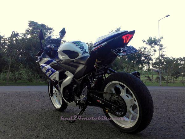 Yamaha R25 'Constantine' (3)