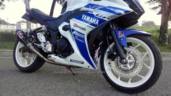 Yamaha R25 'Constantine' (2)