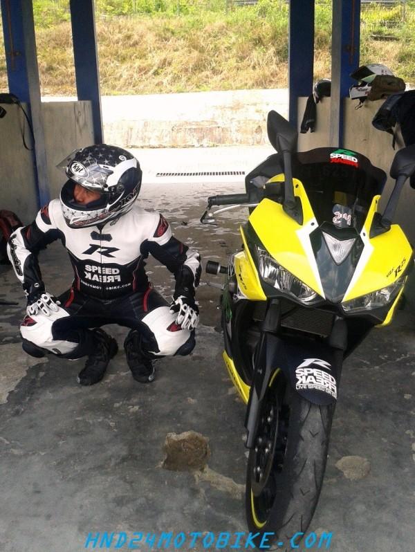 Racing gears (3)