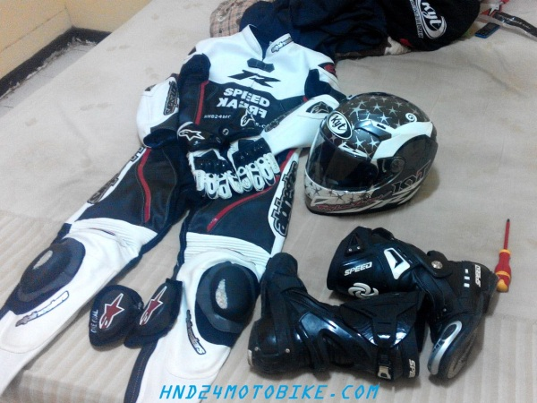 Racing gears (2)
