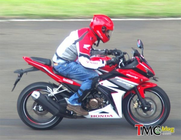 Honda New CBR150R (6) by TMCblog