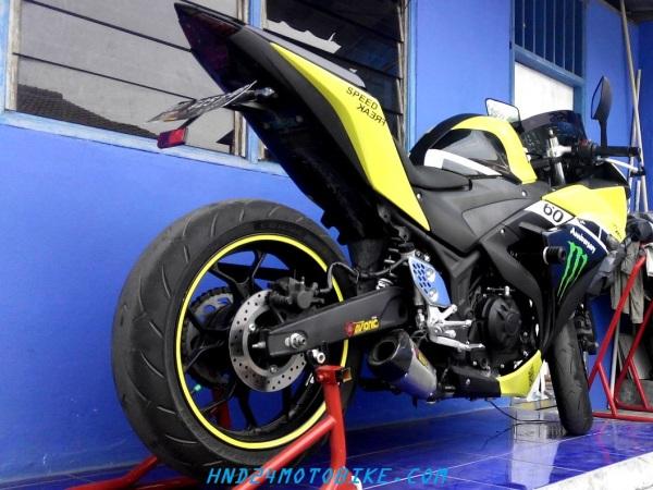 Corsa R93 (1)
