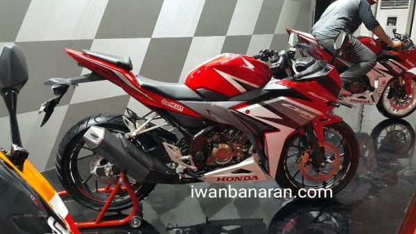 Honda New CBR150R (1) by Iwanbanaran