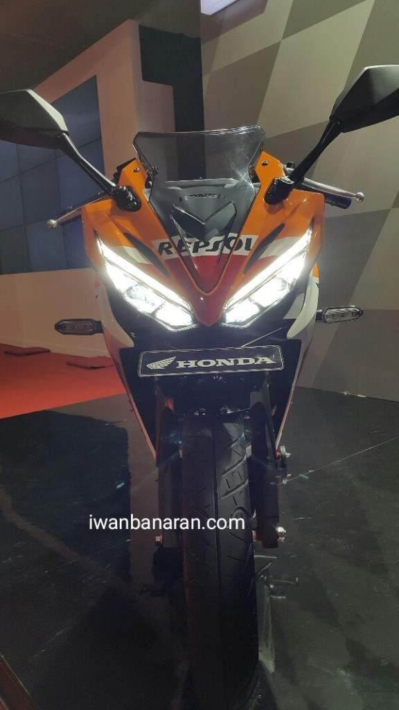 Honda New CBR150R (2) by Iwanbanaran
