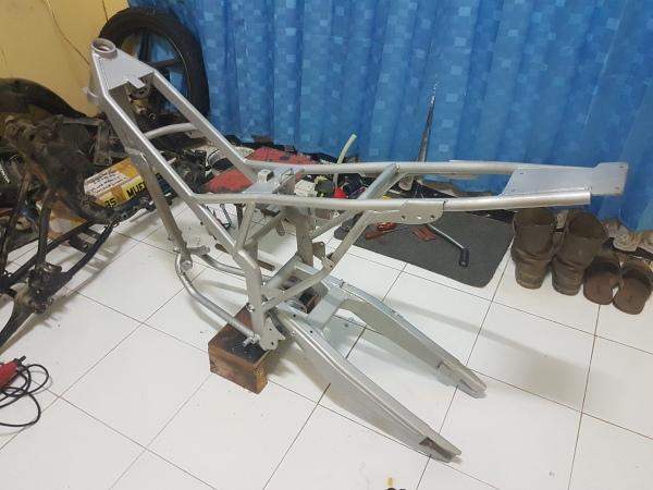Honda Megapro Supermoto (2)